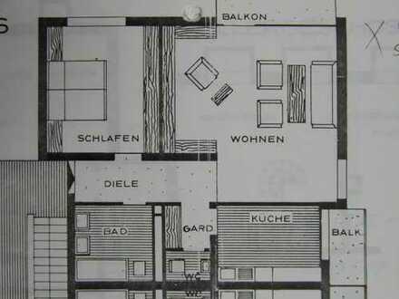 Helle und gepflegte 2,5-Zimmer-Wohnung mit 2 Balkonen und Einbauküche in Ludwigshafen am Rhein