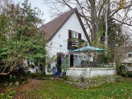Freistehendes Einfamilienhaus in Zehlendorfer Bestlage