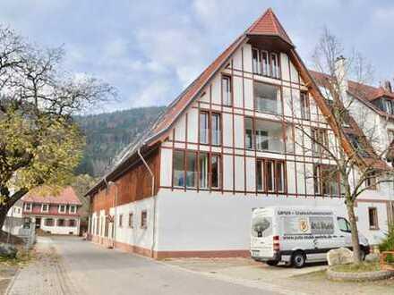 Neubau Erstbezug mit Loggia und herrlicher Blick über den Schwarzwald