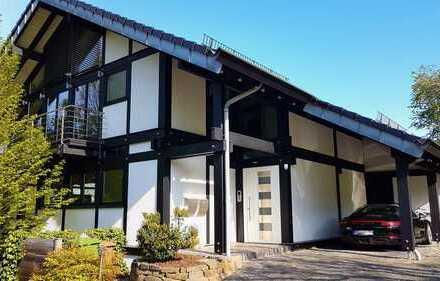 Modernes, repräsentatives Fachwerkhaus in Traumlage