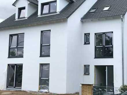 Neue Stylische Dachgeschosswohnung!!