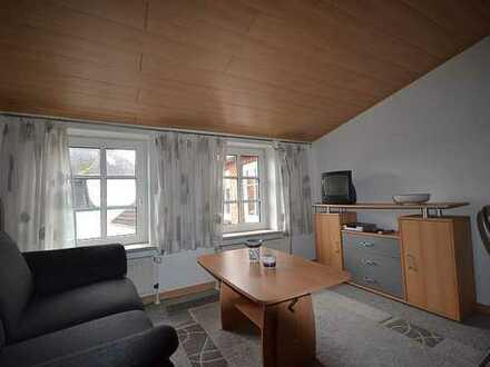 Möblierte 2-Zimmer-Maisonette-Wohnung im 2.Obergeschoss in zentrumsnaher Wohnlage in Heide