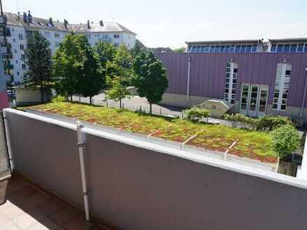 *Moderne, gepflegte 4-Zimmer-Wohnung in der Innenstadt von Rastatt*