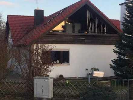 Gepflegte 5,5-Zimmer-Wohnung mit Terrasse und EBK in Rottenburg am Neckar