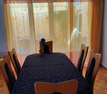 Neu möbliertes Zimmer in 6er WG nahe Hochschule