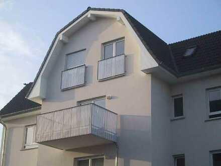 Sonnige 2-ZKB mit zwei Balkonen, zwei Minuten zum Bhf und FH