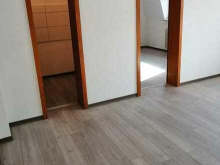 Erstbezug nach Sanierung, 2-Zimmer Dachgeschoss