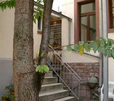 Ruhige Altbauwohnung in Mannheim Innenstadt -1ZKB-