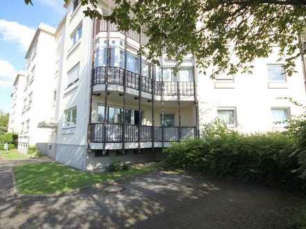 Herrlich helle, großzügige 3-Zimmerwohnung mit zwei Balkonen und Tiefgaragenstellplatz