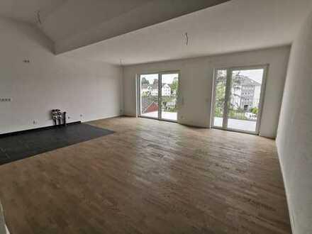 Hochwertige Neubauwohnung mit Dachterrasse + Balkon (barrierearm)