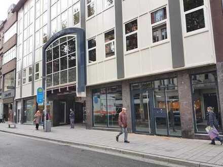 Büro, Wohn- und Geschäftshaus in 1A-Einzelhandelslage in Göttingen