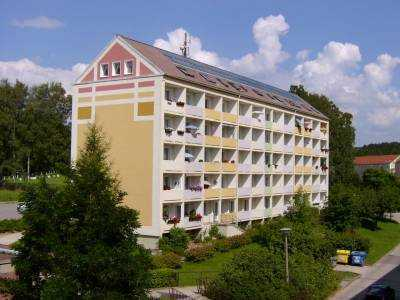 Kleine 2-Raum-Wohnung mit Balkon und tollen Ausblick