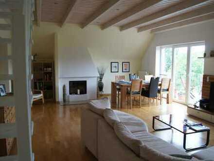 Hochwertige, große 5-Zimmer-Maisonette-Wohnung mit Balkon, Kamin und EBK in Dünne