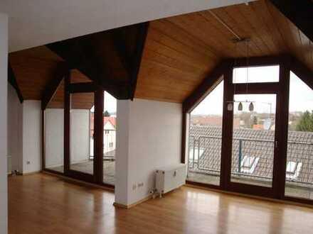 für Kapitalanleger : Frisch renovierte und großzügige Wohnung im Herzen Bürstadts