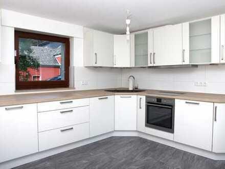 Schöne, helle, geräumige 2-Zimmer-Maisonette-Wohnung in Kamen (Kreis Unna)
