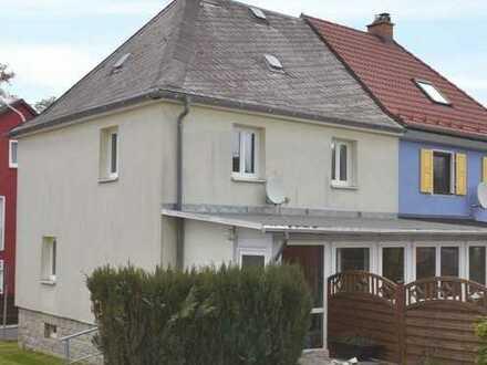 Renovierte Doppelhaushälfte in Kirchenlamitz