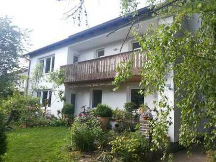Neufahrn-Mintraching: 4-Zimmer-EG-Wohnung, Terasse, Garten im Zweifamilienhaus PROVISIONSFREI!