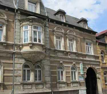 Zentrumsnahes Büro / Praxis (im Erdgeschoß) mit PKW-Stellplatz
