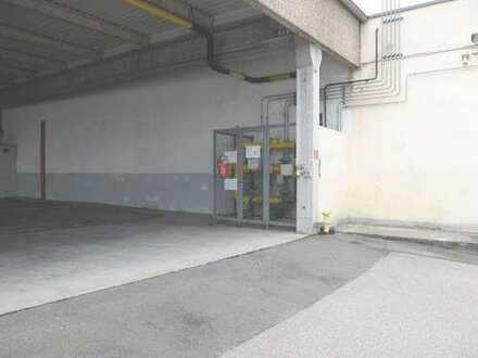 28_VH3539c Gewerbeanwesen mit mehreren Hallen, Bürotrakt und großer Freifläche / Schwandorf