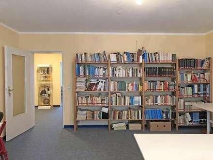 Voigt Immobilien: helle und saubere 3 Zimmer Citywohnung (ehem. Büro) in Bremen