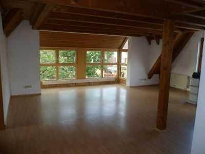 Lichtdurchflutete 3,5 Zimmer Maisonettewohnung in Tübingen-Hirschau