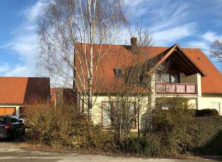 Gepflegtes Zweifamilienhaus mit AW in Wörnitz, Wörnitz