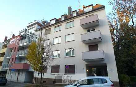 Nur noch einziehen - renovierte 3-Zi.-Wohnung in Altstadtnähe!!