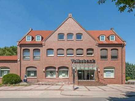 Büroetage in Ganderkesee-Schierbrok mit 10 Räumen, Sozialräumen und Lager. Frei per sofort.