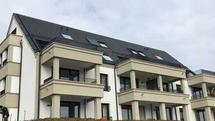 Erstbezug: Schicke 2-Zimmer-Wohnung mit Süd-Balkon in einer klassizistischen Villa in Ludwigsburg