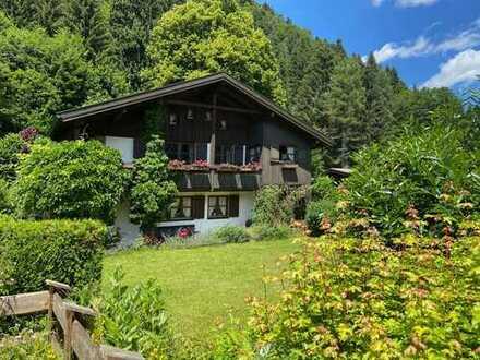 ◦◦◦ Auszeit in Traumlage ◦◦◦ Chalet mit Gästewohnung, herrlichem Garten und großer Garage.