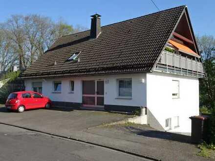 Attraktives Mehrfamilienhaus mit 3 komplett vermieteten Wohneinheiten zu verkaufen