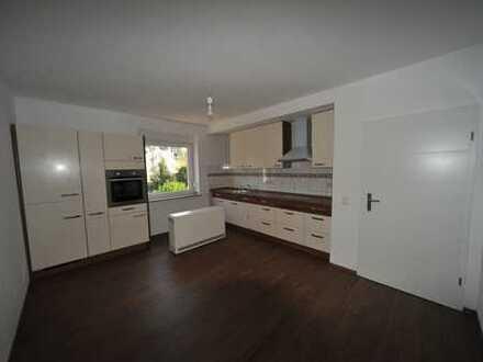 Schöne 3 Raum Wohnung inkl. Einbauküche, eine Mieten oder zwei kaufen
