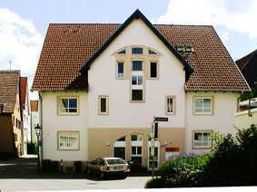 Gepflegte 2-Zimmer-Erdgeschosswohnung mit EBK in Albstadt-Ebingen