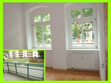 Günstige Familienwohnung gesucht ? ... hier mit XL-Balkon