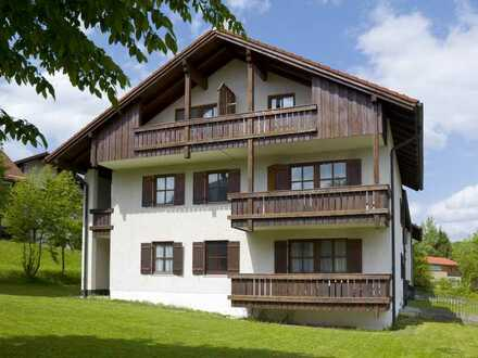 Zweizimmerwohnung im Dachgeschoss ohne Balkon mit Tiefgaragenstellplatz