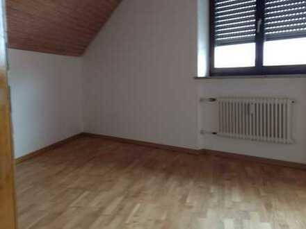 2 Zimmer DG Wohnung im ND-Zentrum