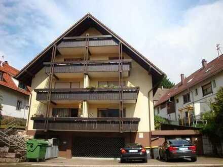 NEU! Top gepflegte 2 ZKB-Wohnung im 1. OG mit Balkon und Stellplatz!
