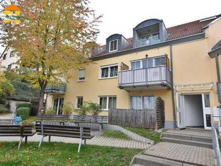 Sie lieben Dachschrägen? Gemütliches Heim mit Balkon, Stellpl. & Opt. auf EBK in Burkhardtsdorf fre