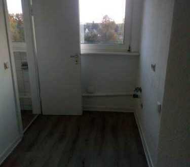 Schöne, sanierte 1-Zimmer-Dachgeschosswohnung in Wattenscheid
