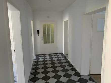 Erstbezug nach Sanierung: freundliche 3-Zimmer-Wohnung in Hatttingen