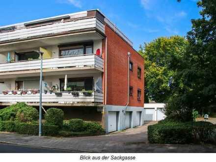 Gepflegte 2-Zimmer-Penthouse-Wohnung mit großer Dachterasse und Einbauküche in Bremen