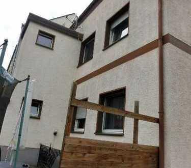 Hamm-Mitte ** Ein-/Zweifamilienhaus mit 4 Garagen ** provisionsfrei **