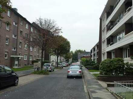 Sehr interessant!! Gut vermietete 3 Zi. Wohnung in Düsseldorf Unterrath!