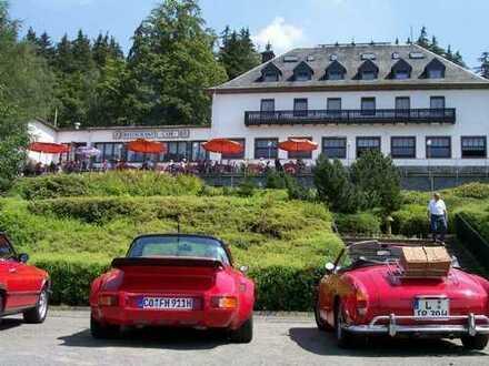 ** Hotelkomplex mit Seeblick in begehrter Lage mit 80 Betten ca. 21.000 m² **