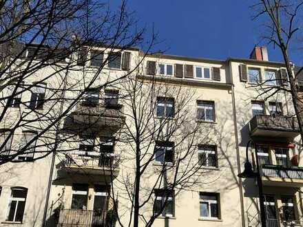 DG-Wohnung mit Potenzial, frei ab 09/2019, 3 ZKB, 80 m² zzgl. großem Speicher, Provissionsfrei!