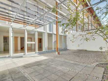 Traumhafte 4-Zimmer-Maisonette-Wohnung im südlichen Landkreis München