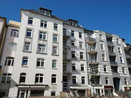 Helle 3,5 Zi.-Wohnung am Winterhuder Marktplatz in Stadtparknähe