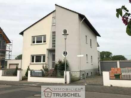 3 Familienhaus auf großem Grundstück - direkte Feldrandlage....