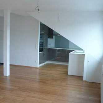 Schöne zwei Zimmer Loft-Wohnung in Köln, Mülheim