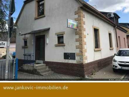 Brühl-Rohrhof - Sanierungsbedürftiges 1-Familenhaus mit Ausbaupotential!